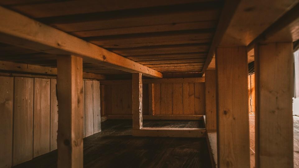 van bed storage